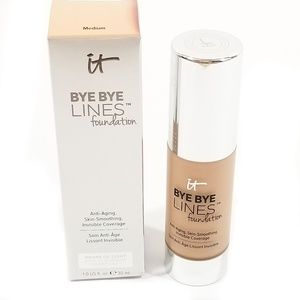 It Cosmetics Bye Bye Lines Foundation in Medium